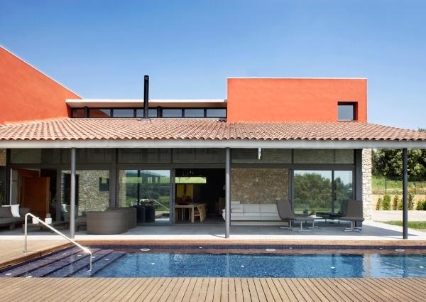 Foto casa con piscina 814716 habitissimo for Casas con piscinas fotos