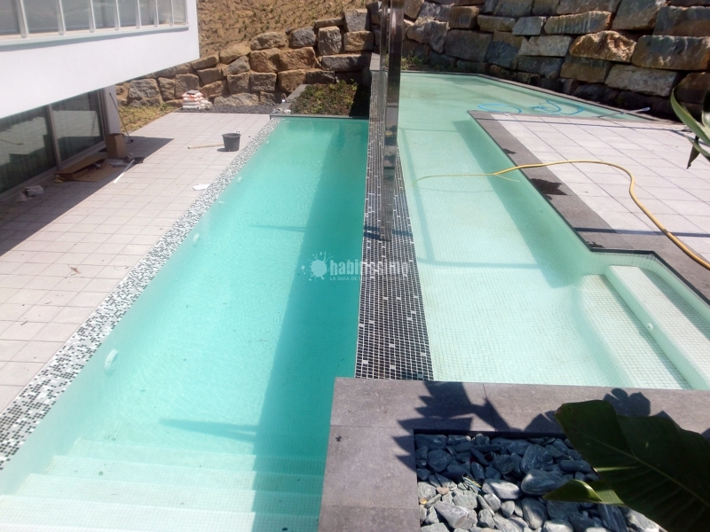 Piscina calonge ideas construcci n piscinas for Piscinas desmontables cuadradas