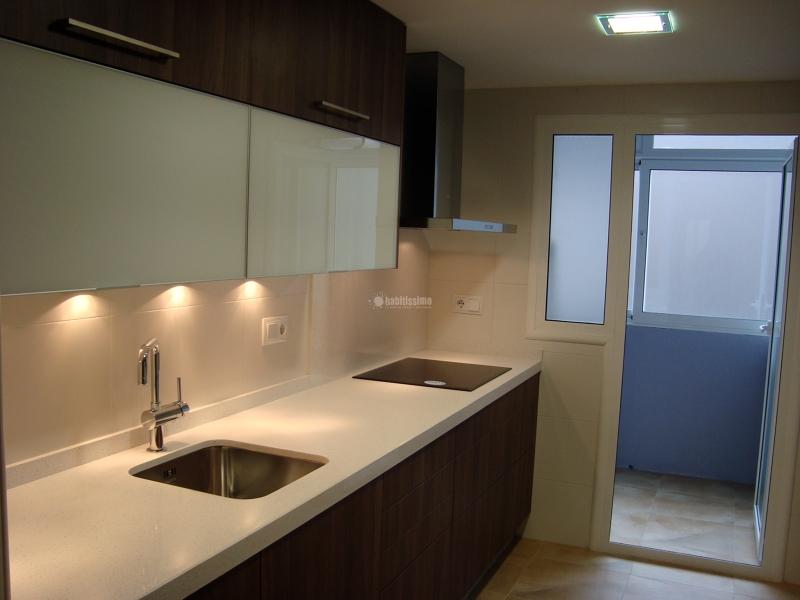 Opiniones sobre esta cocina decorar tu casa es - Cocinas color nogal ...