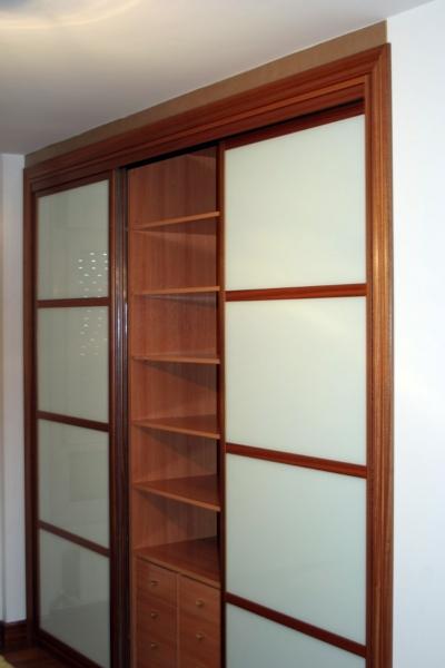 Armarios empotrados puertas correderas cristal quotes - Interiores armarios empotrados puertas correderas ...