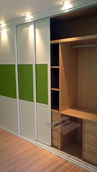 Foto armario empotrado de puertas y armarios a medida - Fotos armarios empotrados puertas correderas ...