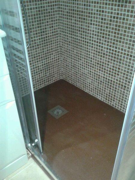 Foto azulejo gresite y plato de ducha en color chocolate - Azulejos para ducha ...