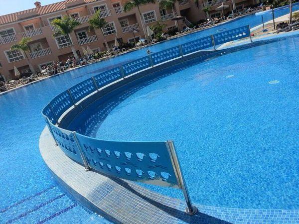 Foto barandilla de acero inoxidable piscinas de dmt - Piscina acero inoxidable ...
