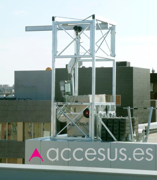 Foto cabina colgante permanente para hotel de accesus for Affitti cabina cabina resort pinecrest