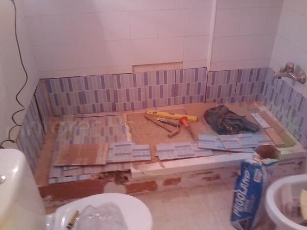 Foto cambio ba era por plato de ducha 550 de pintores for Cambio banera por ducha barcelona