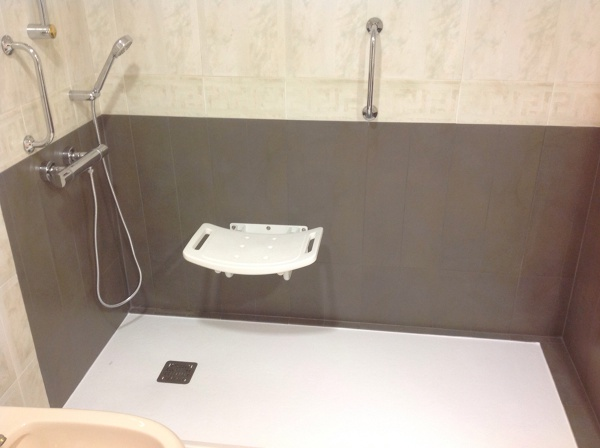 Foto cambio de ba era por plato de ducha 1 sin mampara de - Duchas sin plato ...