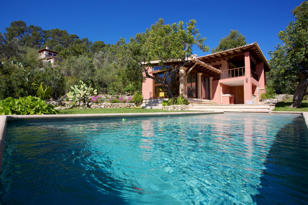 Foto casa de campo con piscina de marta 895227 habitissimo for Fotos casas de campo con piscina