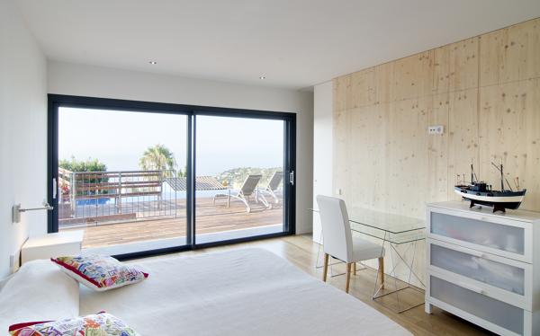 Foto casa tossa de mar suitte de mar al bonadona - Casas en tossa de mar ...