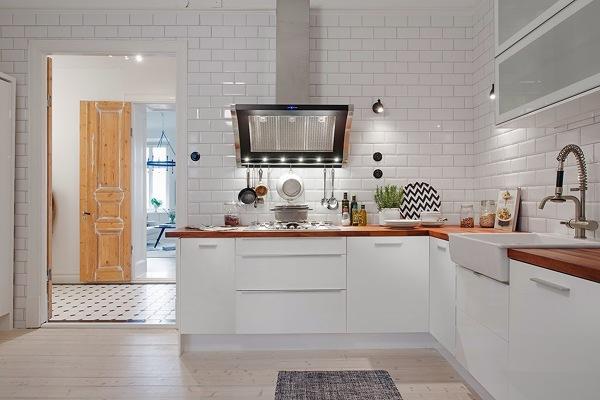 Foto Cocina Con Baldos N Blanco De Marta 916444