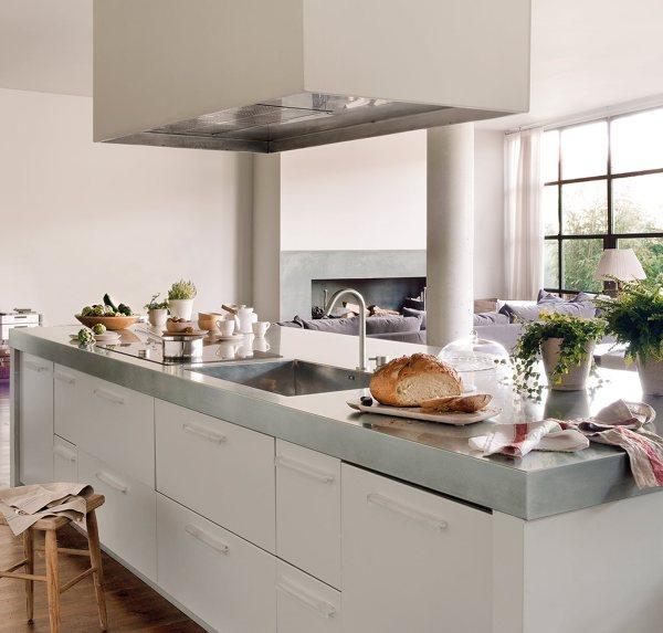 Foto cocina con encimera de acero inoxidable de marta - Laminas de acero inoxidable para cocinas ...