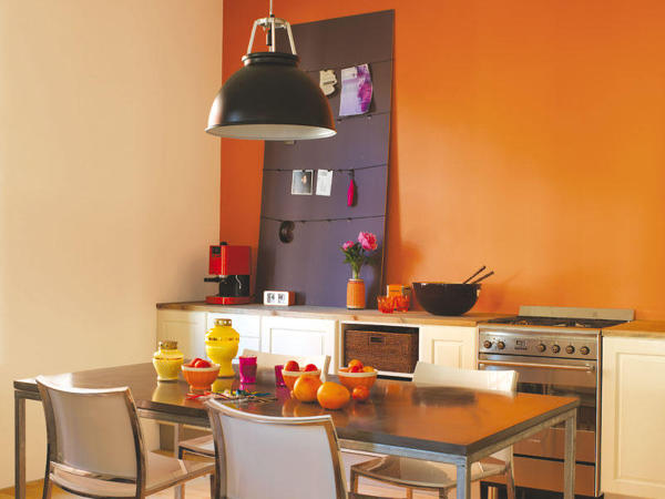 cocina en naranja
