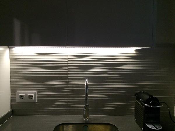 Foto: Cocina Iluminación Led bajo Muebles Altos de Nautilus Studio ...