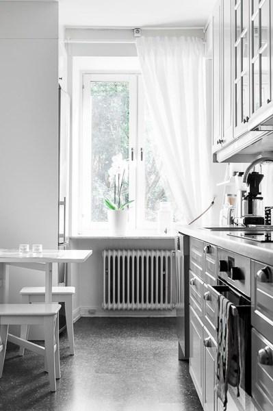 Foto cocina suelo vin lico 1243086 habitissimo - Suelo vinilico cocina ...