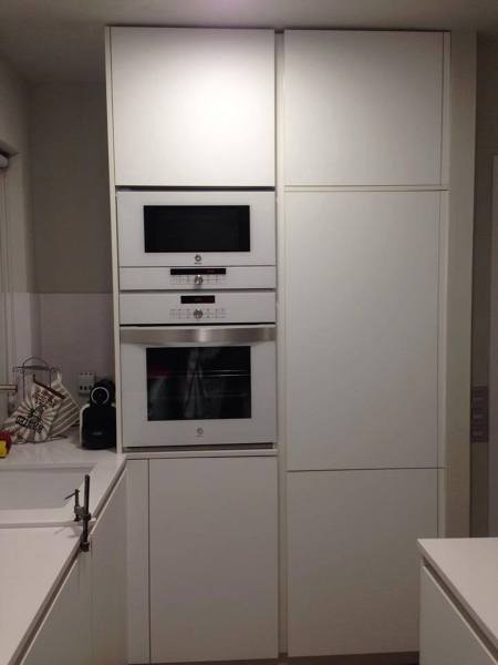 Foto columna del frigo y del horno microondas de nova cuina1 1003685 habitissimo - Microondas de empotrar ...