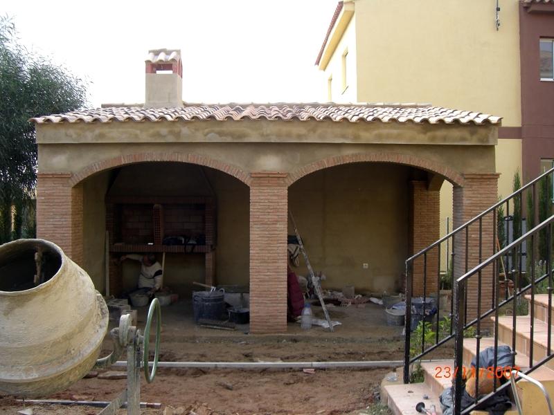 Foto construccion de porche de obra de construcciones jomapesa s l 174378 habitissimo - Paelleros de obra modernos ...