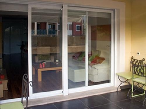 Foto correderas de aluminio en sabadell vista exterior for Correderas de aluminio
