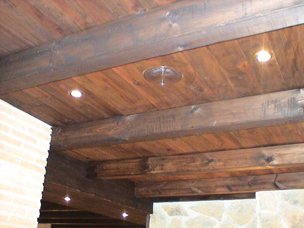 Foto detalle vigas de madera de sac obra nueva y reforma sl 1012776 habitissimo - Cambiar vigas de madera ...