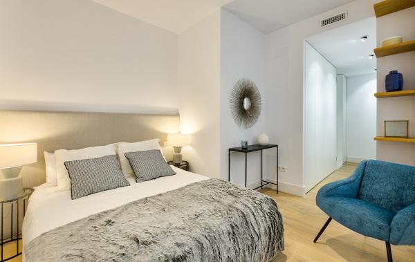 Foto dormitorio con cabecero textil 1485881 habitissimo - Textil dormitorio ...