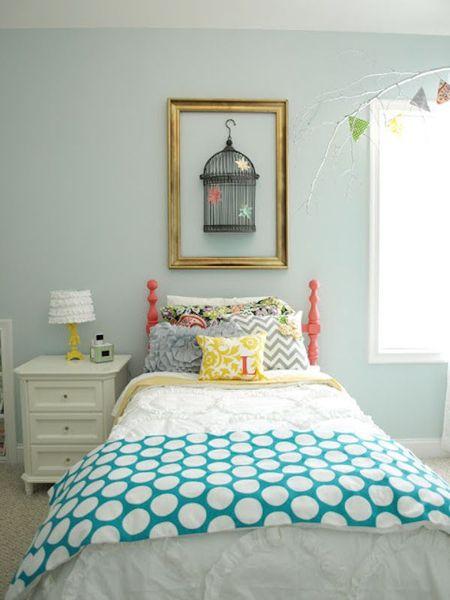 Foto dormitorio con pared verde agua marina de marta for Dormitorios verde agua