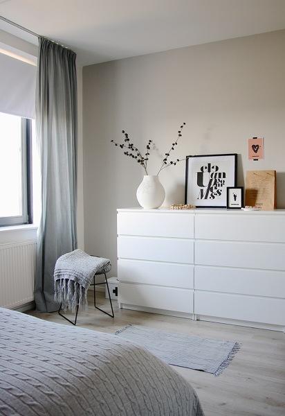Baño Dormitorio Feng Shui:Foto: Dormitorio Blanco según Feng Shui de Marta #799288