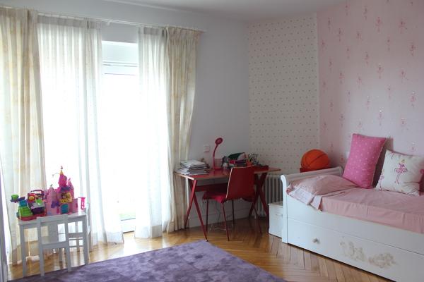 Foto dormitorio infantil mobiliario de castshine 855582 for Mobiliario dormitorio infantil