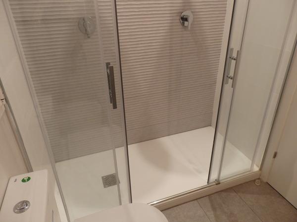 Foto ducha doble de r mcarq 848295 habitissimo for Llave para ducha doble