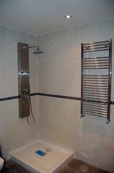 Foto ducha y toallero de reformad 434364 habitissimo for Toallero para ducha