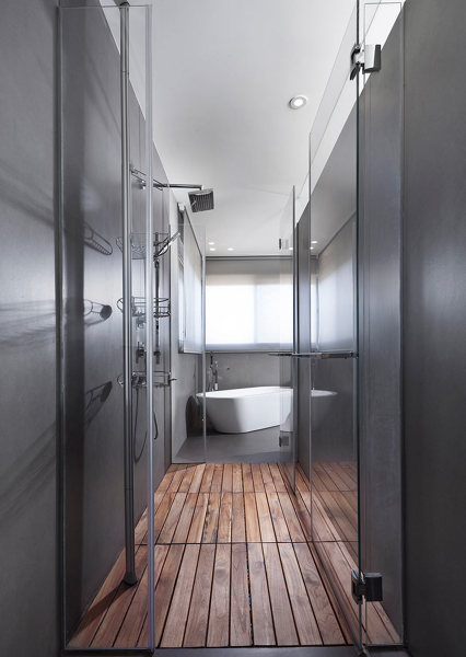 Foto duchas a ras de suelo gris de elenatorrente d az - Duchas a ras de suelo ...