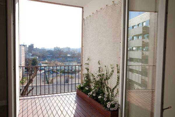 Foto el balc n con inicio de jardin vertical de ecolab for Balcon jardin vertical