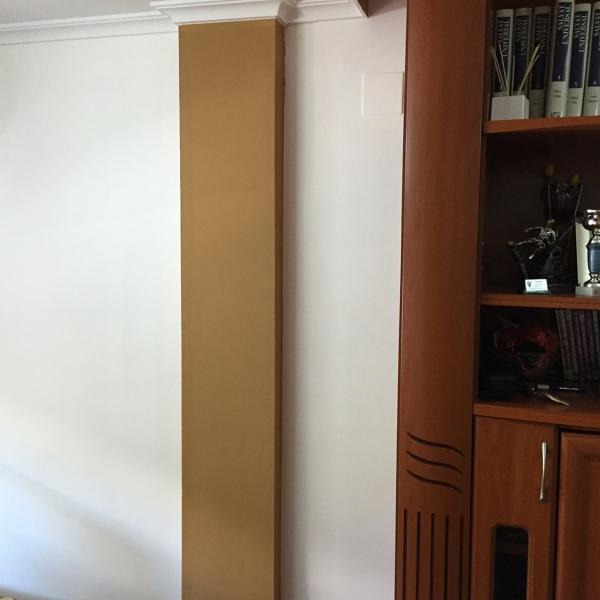 Foto: El Comedor Pintado en Blanco y las Columnas Pintadas en ...