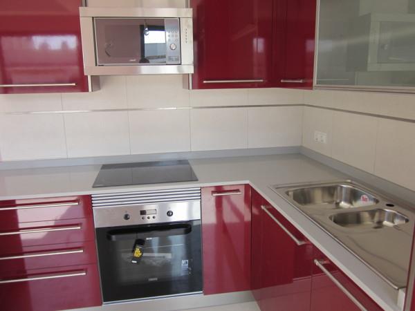 Foto encimera de cocina en compac ceniza de marmoleria sa for Marmoleria precios