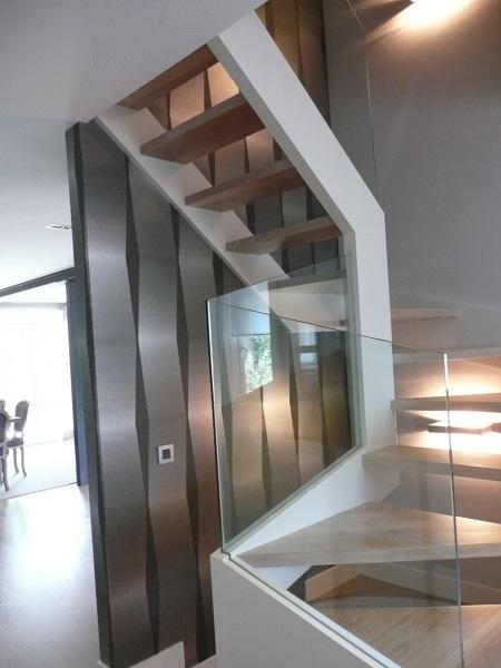 Foto escalera con papel pintado de nathurai cotton - Papel pintado coruna ...