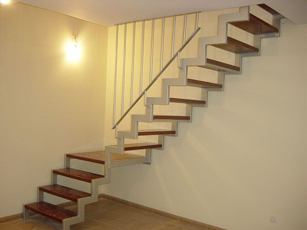 Foto escalera de dise o de cerrajeria alvarez de levante sl 906932 habitissimo - Escaleras para duplex ...