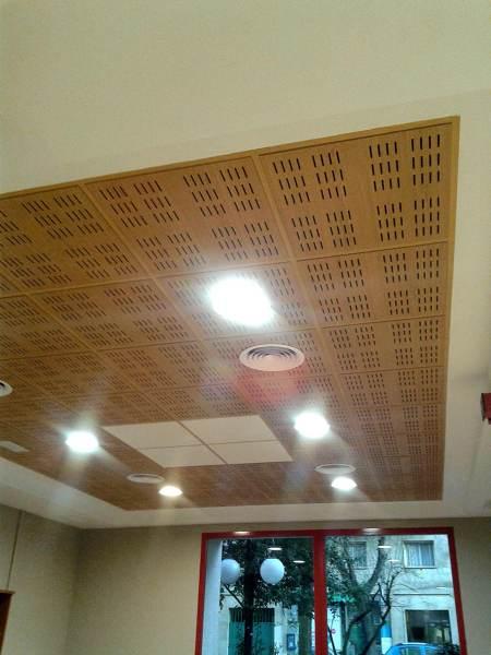 Foto falso techo acabado en madera de allreforms 1025707 - Falso techo madera ...