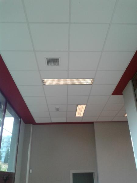 Foto falso techo y pintura de allreforms 1025704 - Pintura techo bano ...