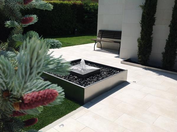 Foto fuente de jardineria la font 1099559 habitissimo - Jardineria la font ...