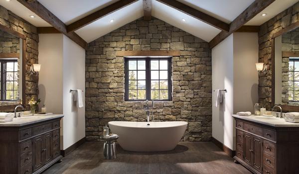 Foto gran cuarto de ba o con piedra y grandes ventanales for Case in stile missione