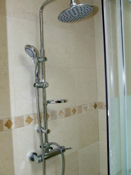 Foto griferia para ducha de todoreformasenmallorca for Duchas modernas precios