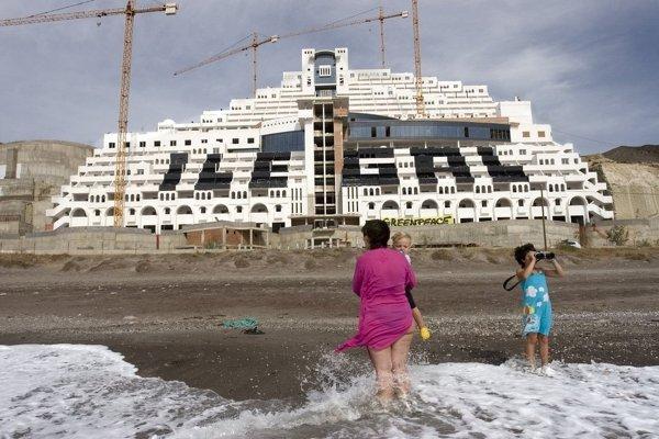 hotel-algarrobico