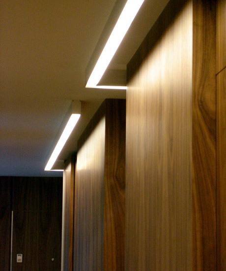 Foto iluminaci n armarios de amor s m s dise o de - Iluminacion interior armarios ...