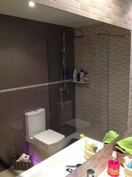 Reforma completa de un baño en Cubelles