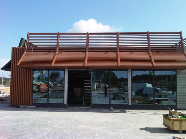 Foto instalaci n de marquesinas de hierro y aluminio de - Hierro y aluminio ...