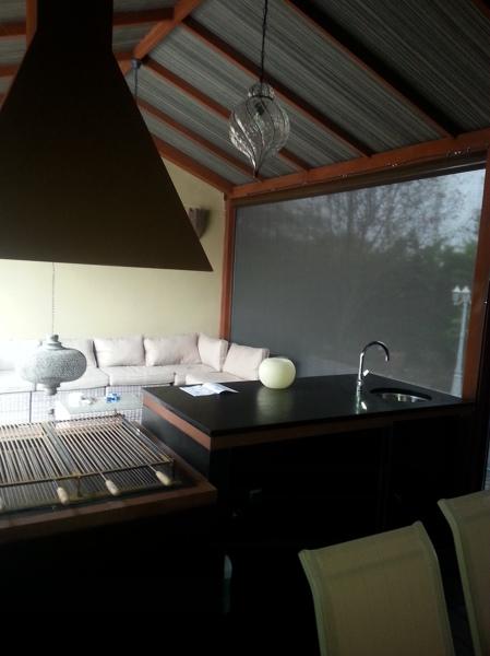 Foto interior porche barbacoa de hacemostureforma - Barbacoa de interior ...