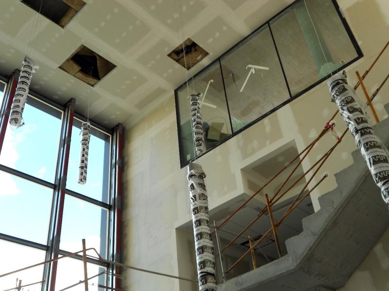 Foto l mparas colgantes en escalera de alfermalaga - Lamparas de escalera ...