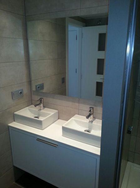 Foto lavabos sobre encimera en ba o de henk 676936 - Lavabos sobre encimera ...