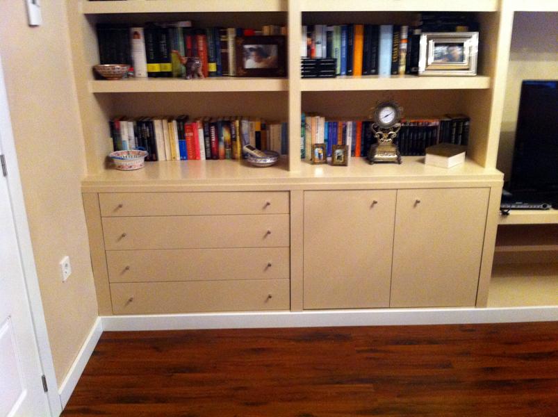 Foto libreria a medida de pladur de area 3 estudio de - Medidas de pladur ...