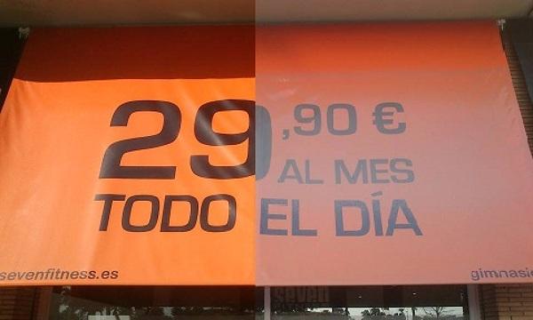 Foto limpieza de toldos en gym de toldolimpio 701820 for Limpieza de toldos