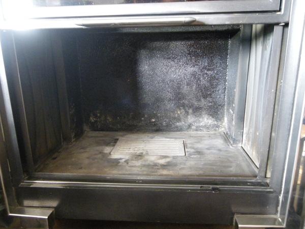 Foto limpieza interior chimenea pallazzetti calefactora - Chimeneas de interior ...