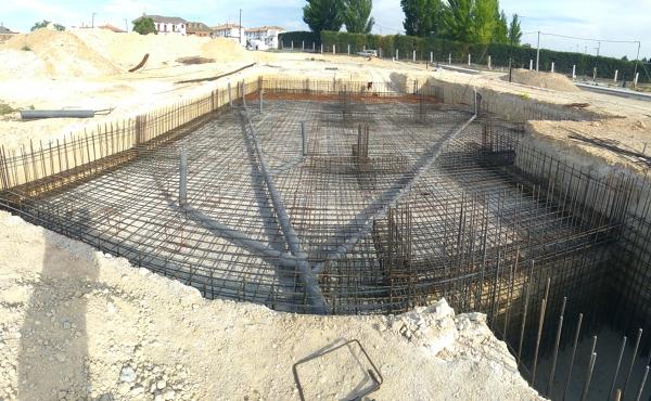Foto losa de cimentaci n y silo de hueso de coalso 2013 for Losas para garajes