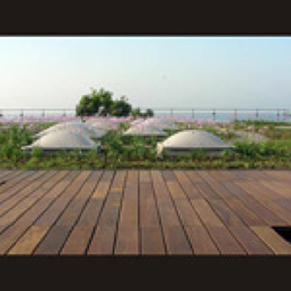 Foto madera en suelo exterior de julian reformas 825427 - Suelo exterior madera ...